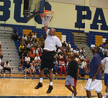 Vince Carter Goes All Out For His Team Camp
